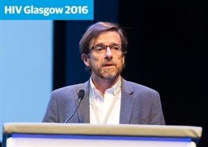 Jose Arribas na HIV Glasgow. (Foto: HIV Drug Therapy Glasgow 2016)